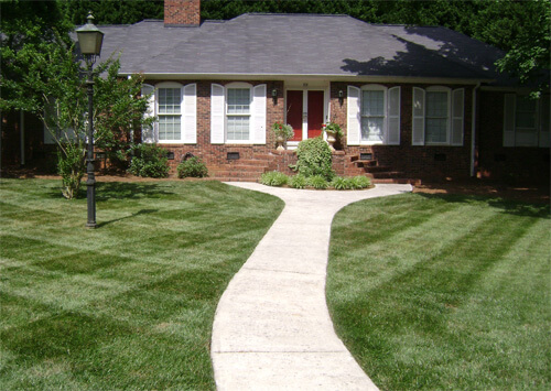 When to Call Lawn Care Pros | Nafziger Landscape Services